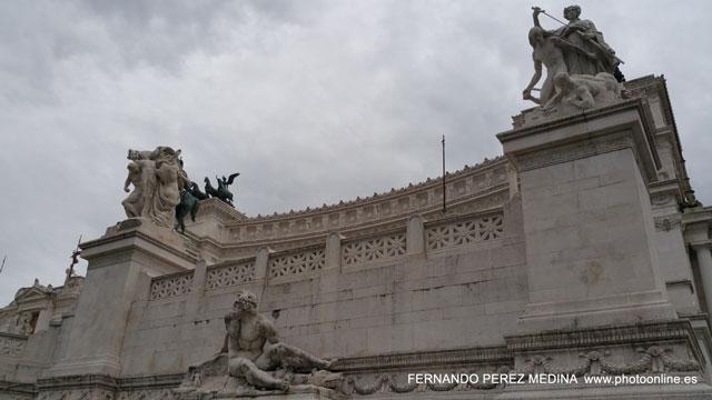 Monumento a Víctor Manuel II, Roma, Italia 640w